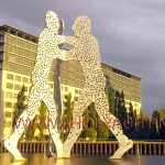 Molecule Man Berlin - East harbour