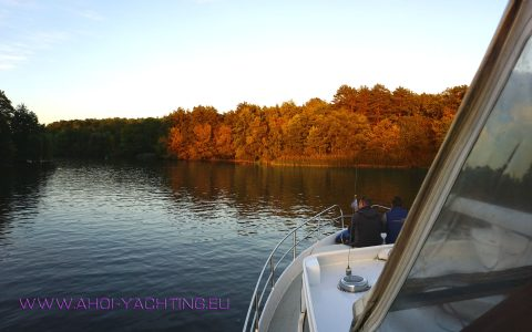INDIAN SUMMER on the lakes of Berlin